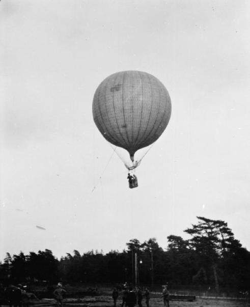 Observation_balloon_RAE-O982a